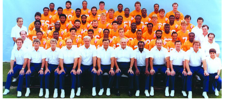 1985 Season 10 Tampa Buccaneers Team Picture
