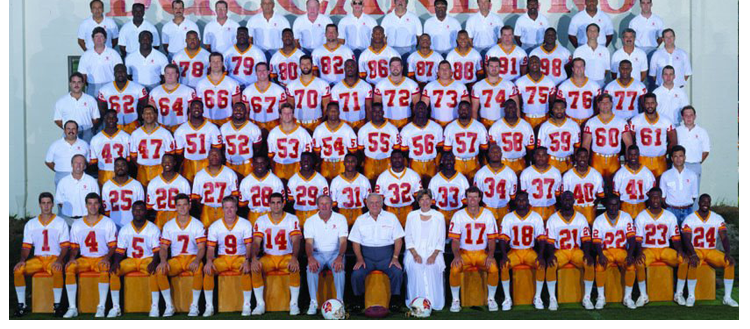1992 Season 17 Tampa Buccaneers Team Picture