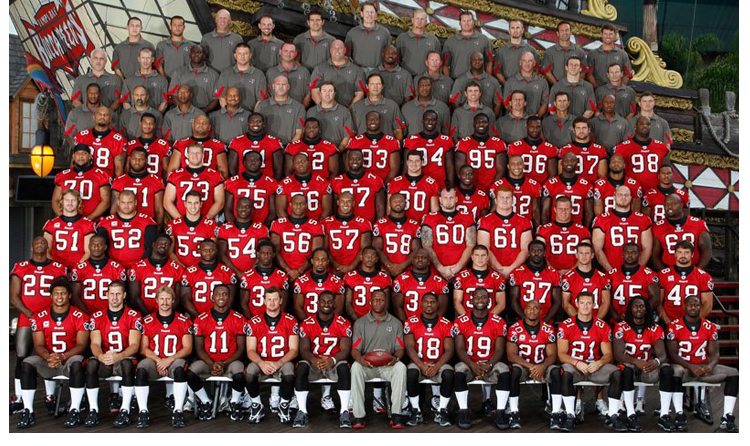 2010 Season 35 Tampa Buccaneers Team Picture