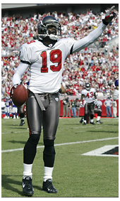 2000 Keyshawn Johnson wearing the new Buccaneers Uniform and Jersey #19